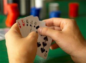 mains de départ au poker